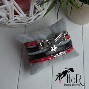 bracelet en cuir noir et rouge