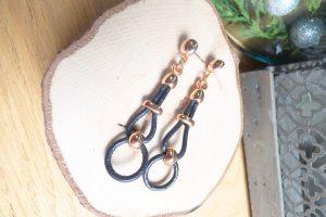 boucles d'oreilles gold rose et cuir noir